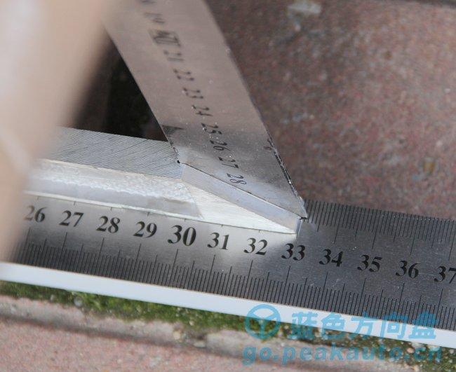 蓝色方向盘手工轮胎定位值测量方法、工具