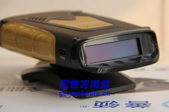 善领J28电子狗全面测评 蓝色方向盘